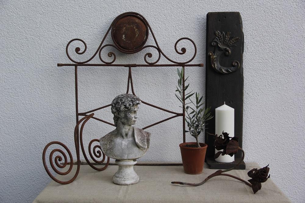 casetta-toscan-antike-dekoration