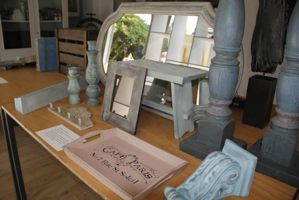 Beispiele Für Shabby Chic Möbel, Hergestellt In Vorherigen Workshops Des  WERKRAUM 107: